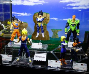 Comic Con 2014 S.H. Figuarts Dragonball Z Figures Photos Vegetto Android 16
