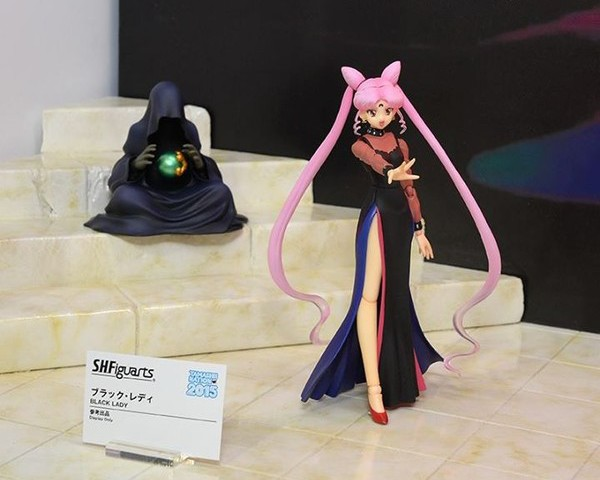 SH Figuarts Wiseman Figure with Black Lady